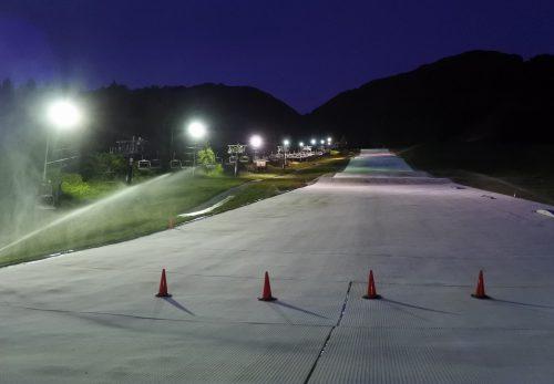 スキー場LED照明実験